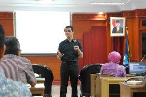 Workshop Membangun Budaya Anti Korupsi oleh Gandjar Laksmana Bonaprapta 1